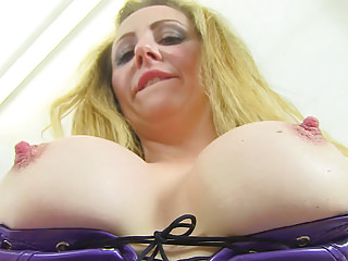 English milf Classy Filth needs a good stuffing