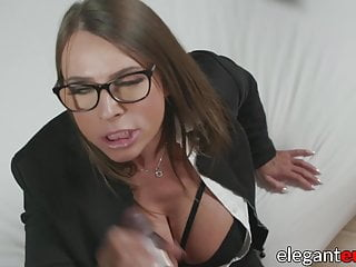Download video bokep Classy Euro businesswoman IR assfucked and creamed Mp4 terbaru