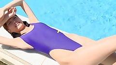 Hot asian Fun in Swimpool - non nude