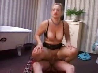 German Mature Mom Fucked By The Repairman