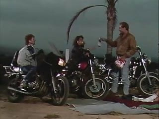 Outlaw (1989)
