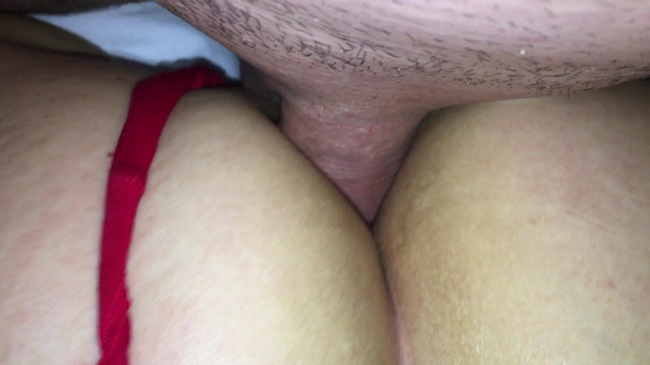 First Time Anal MILF