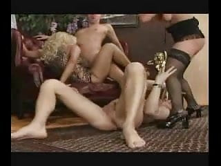 Download video bokep Besuch bei Tante Ilse Part 4 Mp4 terbaru