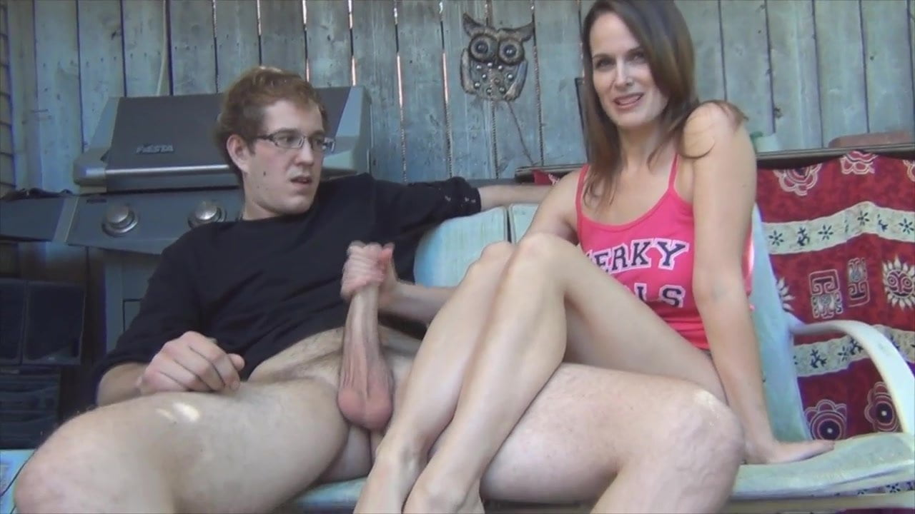 Fat mature lady giving a handjob porn at thisvid