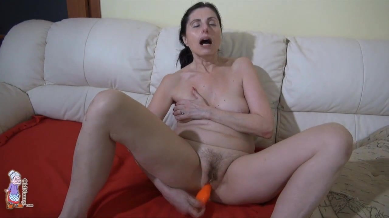 Nylon feet footjob