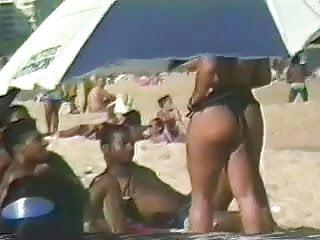 Walking Beach Booty Jiggling Butt Cheeks