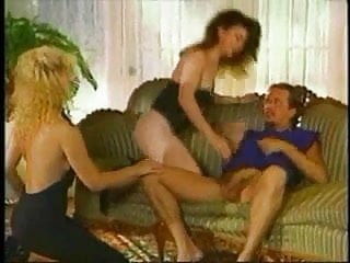 Ona Zee, Melanie Monroe & Tom Byron - Eat pussy