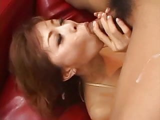 Asian Girl Squirts Like Crazy During Sex