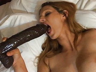 Pussy Lips  Beautiful Girl With An Large Labia