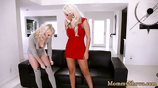 Bigtits classy stepmom licked by teen babe