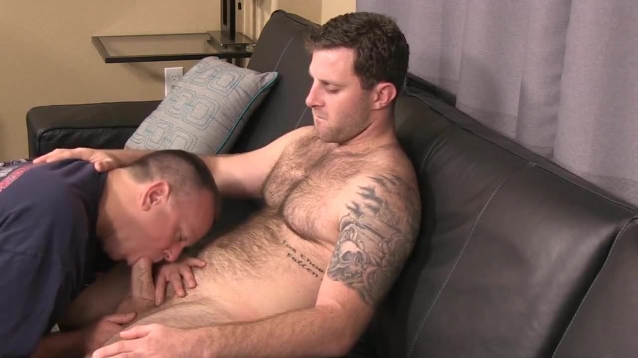 Beefy gay guys sucking banging