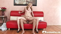 Blonde got her pussy spread with his pecker.mp4