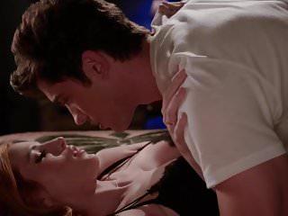 Bella Thorne Famous In Love S E E