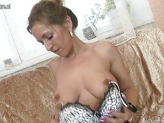 Amateur mother needs a hard cock
