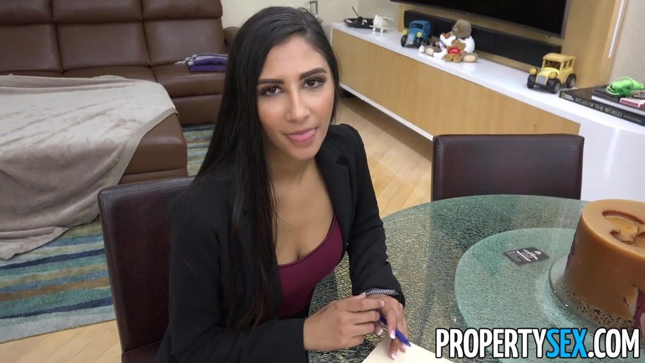 Free download & watch propertysex super hot agent cheats on bf fucks client         porn movies