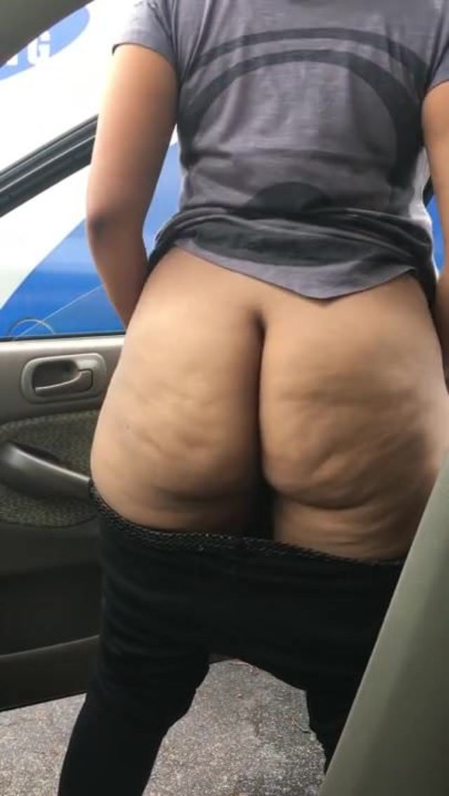Big Ass Pinky Twerking Dick
