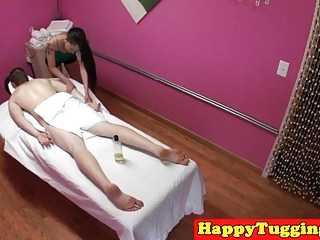 Oriental masseuse cocksucking on spycam