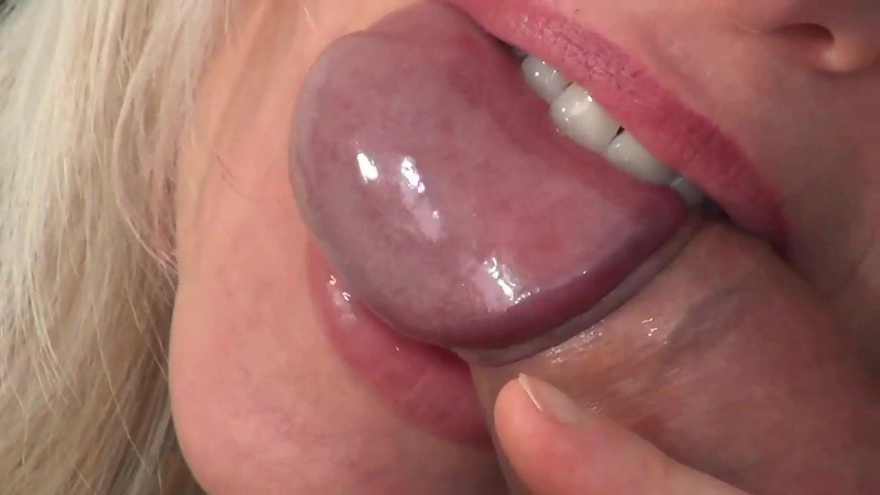 Порно фото фото кусает член ебля жены