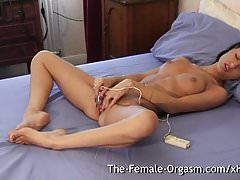 Horny Teen Masturbates with Vibe to Pussy Contracting Orgasm