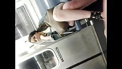 wanker flashing in metro woman takken photo