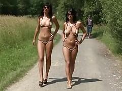 xhamster.com 6892077 walking naked outdoor mdm 480p.mp4