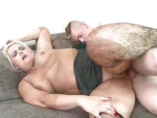 Booty mature mom suck and fuck not her son