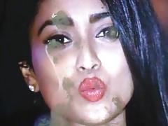 Shriya lips cum