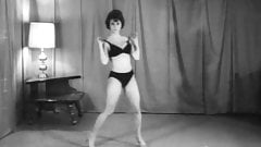 BEAVER SHOT - vintage 60's striptease dance