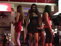 LadyboyDating - Ladyboys at Soi Crocodile bar