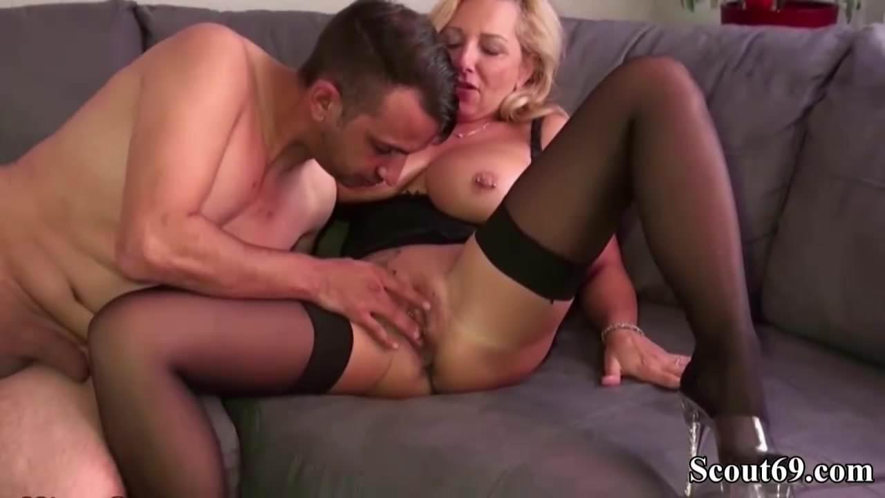 Xxx Tais dorm room strip show mobile porn
