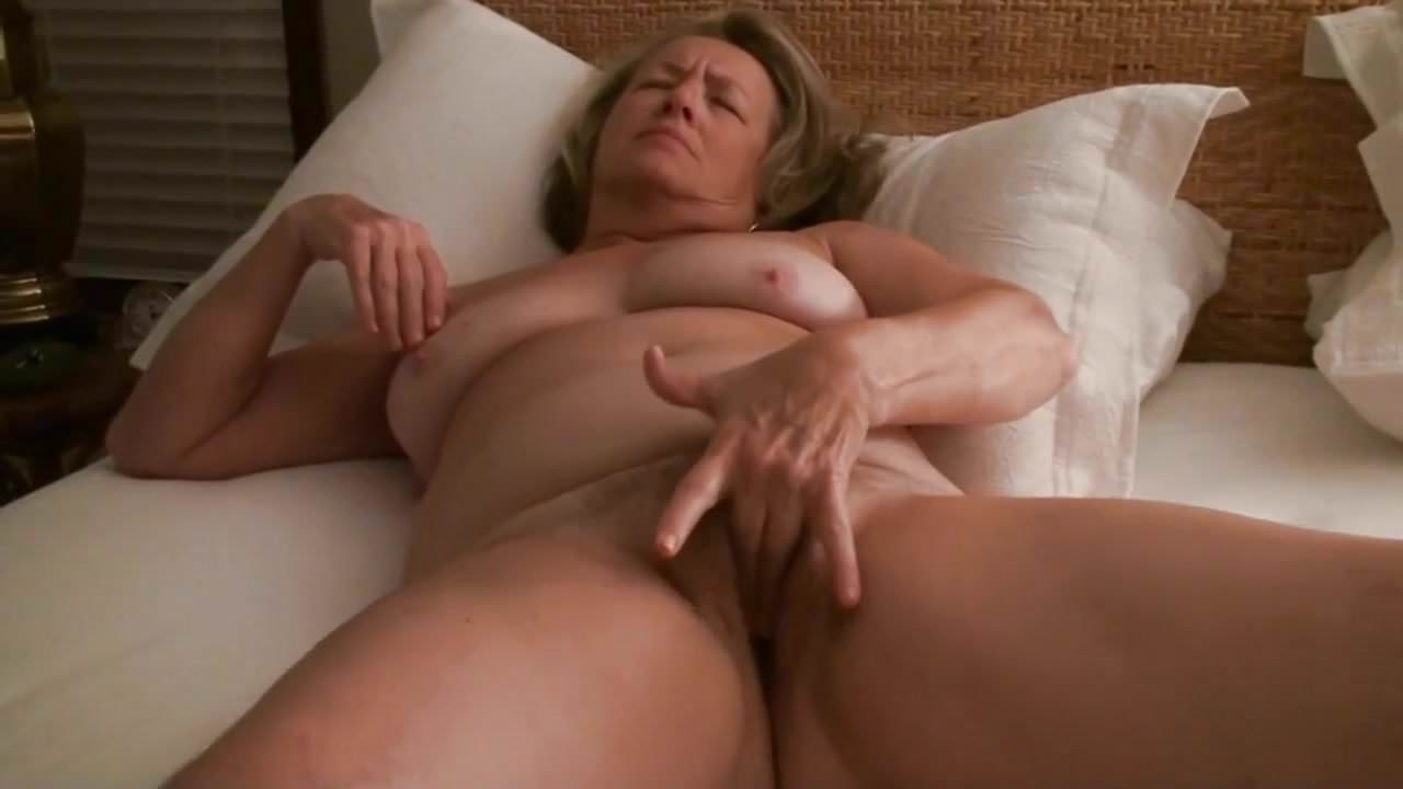 Redtube mature voyeur orgasm video #15