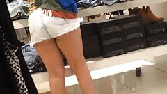 White Jean Shorts Pawg showing those thighs