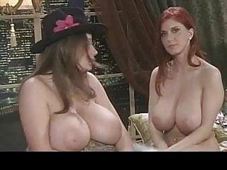 down blouse voyeur