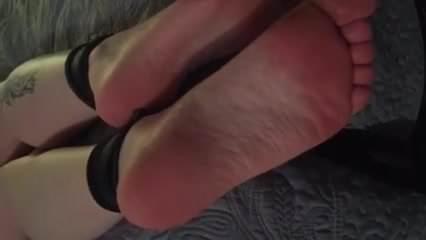 Tickling Redhead feet