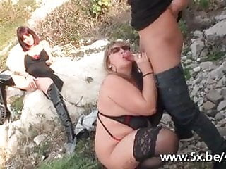 French mature Isabelle fucked outdoor