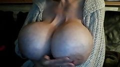 camgirl big boobs 1 17051699