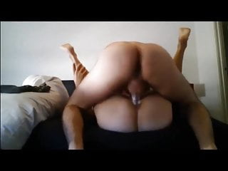 A Slim Young Pussy Lubricant Flows Out And Gets A Fat Cock
