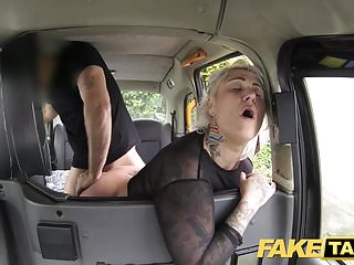 Download video bokep Fake Taxi blonde milf gets surprise anal sex and rims Mp4 terbaru