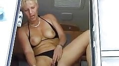 SDRUWS2 - EATING CUM ON A TRAILER CAMP