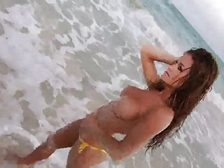 Brooke Adams shows off Awesome Body