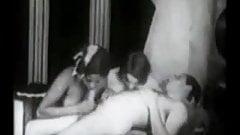 Ballerinas Love-1920