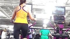 Candid 06 nice gym ass hard bulge watcher hidden cam slow mo