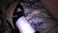 Double cumshot on sexy platform heels