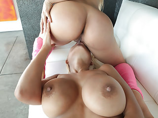 Latina bombshells Bridgette B and Luna Star
