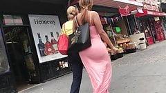 Big booty voyeur