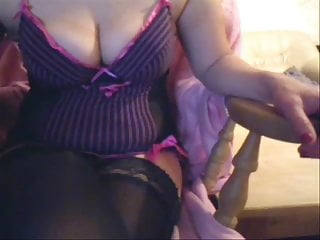 mature wife Pipeye chatting on webcam