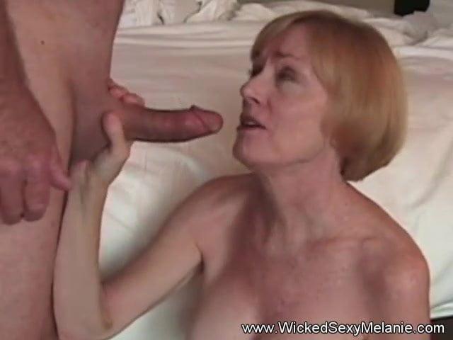 Images - Amateur bbw melanie loves her cum
