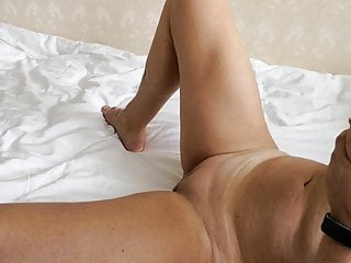 Orgasm Sex Toy Girl Masturbating