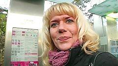 Streetcasting in Deutschland - Anna die Geile Fotze!