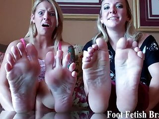 I know you have always wanted to jerk off to my feet